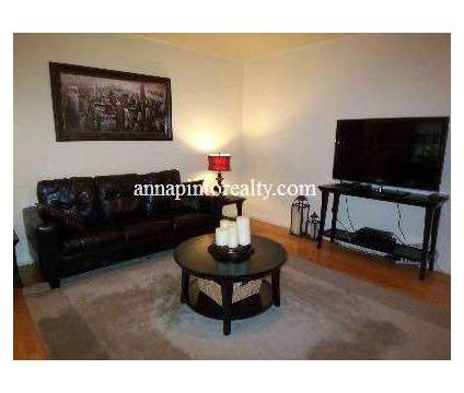 Welcome to This Upper Duplex in Forest Hills Gardens in Forest Hills NY is a Apartment