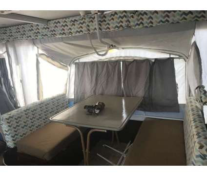 Fleetwood Bayside CP Popup Camper is a 2005 Camper in Hollywood FL