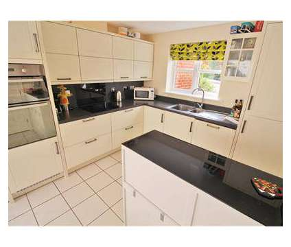 4 bed House - Detached in Rugby WAR is a House