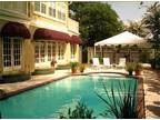 Lovett Inn - Luxury Bed & Breakfast - swimming pool - Bed & Breakfast