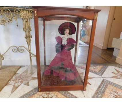 "Franklin Mint Dolls in 28"" Deluxe Cases! Prices Vary is a Collectibles for Sale in Sudbury MA"