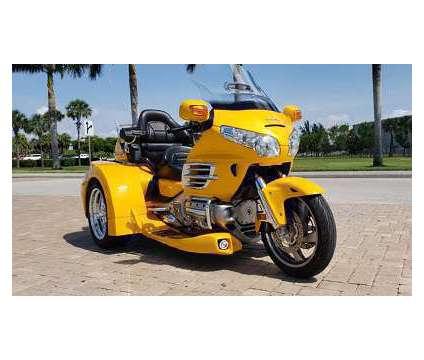 2010 Honda Gold Wing GL 1800 is a 2010 Honda H Motorcycles Trike in Columbus OH