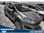 2017 Ford Fiesta Orange, 22K m - Ford, Orange, Sedans