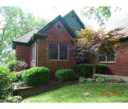 202 River Drive Drive Bloomfield Five BR, Curb Appeal at 202 River Dr Dr in Bloomfield IN is a Real Estate and Homes