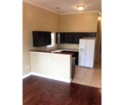 $1300 2 bdrm 1 bath (4628 magnolia st) House at 4628 Magnolia Street in New Orleans LA is a Apartment