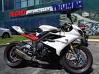 2013 Triumph Daytona 675R - Crystal White / Phantom Black
