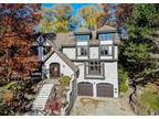 Steps to the Lake 5+One BR Five BA Home Updated,Burlington