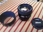 Nikon 85mm 1.8D like new - $350 (Columbia)