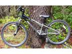 Specialized Hotrock 24 bicycle