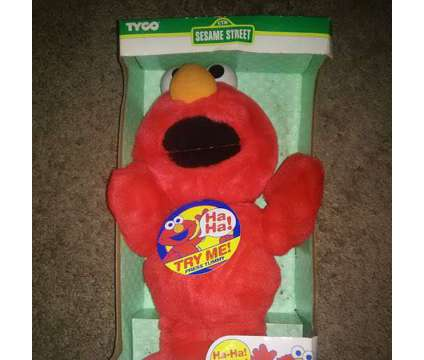 Tickle me Elmo doll- 1997 is a Collectibles for Sale in Overland Park KS