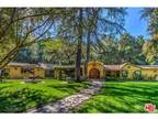 4145 Sunswept Drive North Hollywood, CA