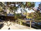 1255 Club House Dr Pasadena, CA