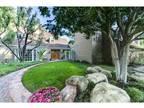 12045 Maxwellton Rd North Hollywood, CA