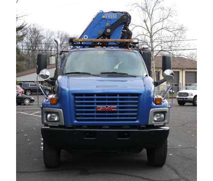 9002 - 2006 Gmc C8500; 2006 Fassi F330b.22 Knuckleboom; 12.5 Ton is a 2006 Crane Truck in Hatfield PA