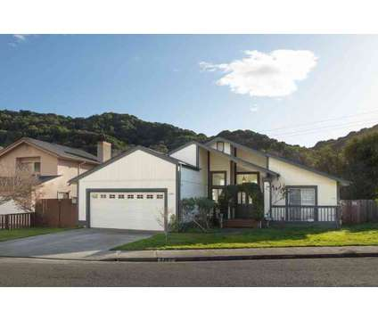 2365 Martinez Ct Pinole Three BR, Darling single story home in at 2365 Martinez Court in Pinole CA is a Single-Family Home