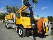 2005 Sterling L9500 Vactor vacuum/jetter combo truck