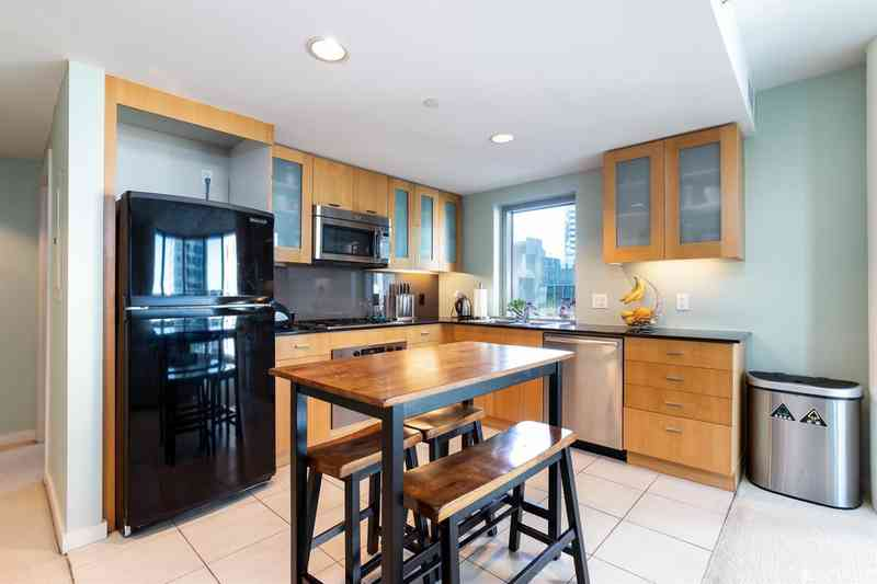 355 1st Street #S904 SF Two BR