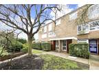 Two BR Flat For Sale In Richmond Upon Thames (london Borough), London