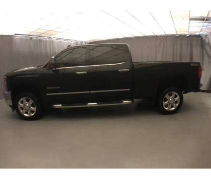 Used 2017 Chevrolet Silverado 2500HD 4WD Crew Cab 153.7 is a Black 2017 Chevrolet Silverado 2500 H/D Car for Sale in Kilgore TX