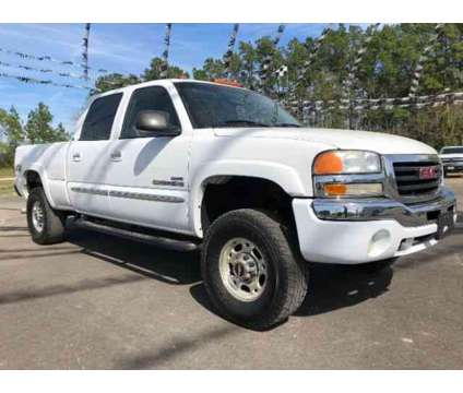Used 2006 GMC Sierra 2500 HD Crew Cab for sale is a White 2006 GMC Sierra 2500 H/D Car for Sale in Porter TX