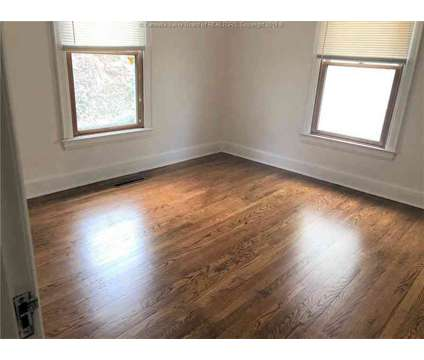 218 Forest Circle Charleston, This 3 BR at 218 Forest Cir in Charleston WV is a Real Estate and Homes