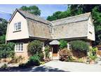 One BR Cottage For Sale In Wadebridge, Cornwall