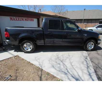 Used 2001 Ford F150 SuperCrew Cab for sale is a Blue 2001 Ford F-150 SuperCrew Car for Sale in Lakewood CO
