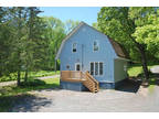 Professionally Renovated in Town Home!