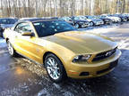 2010 Mustang Ford V6 2dr Convertible Sunset Gold Metallic Convertible RWD V6