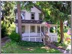 $325000 / 4 BR - 2138ft² - Updated Belle Sherman Victorian with Income