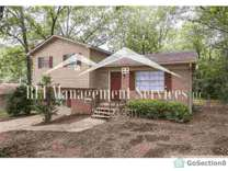 Image of 1316 Turf Dr in Center Point, AL