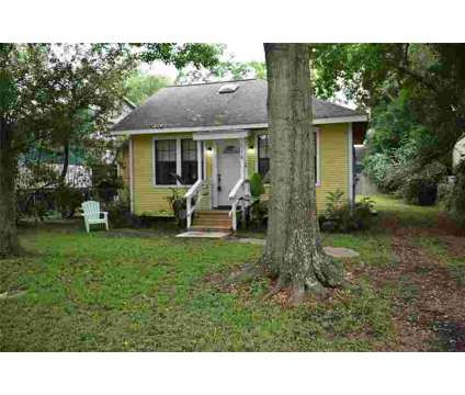 118 Ruth Lane BACLIFF Two BR, Adorable little cottage just a at 118 Ruth Ln in Bacliff TX is a Property