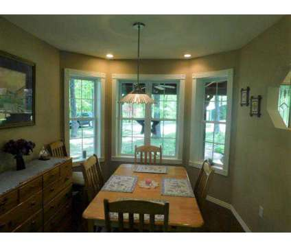 4879 State Rte Uu Pomona, This Exquisite Three BR 2-1/2 at 4879 State Route Uu in Pomona MO is a Real Estate and Homes