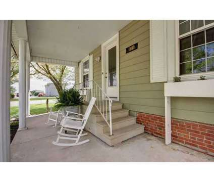 811 South Don Ryan Street HAMMOND, Updated stately at 811 South Don Ryan St in Hammond IL is a Real Estate and Homes