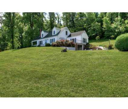 1734 Sylvan Hill Road ELIZABETHTON Three BR, This stately 2 story at 1734 Sylvan Hill Rd in Elizabethton TN is a Real Estate and Homes