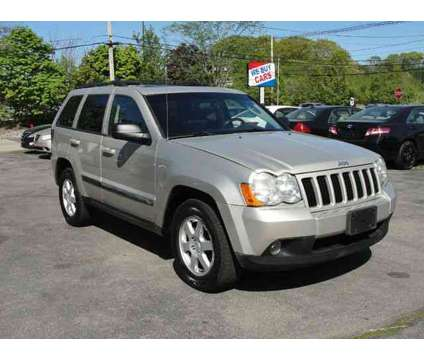 Used 2008 Jeep Grand Cherokee for sale is a Grey 2008 Jeep grand cherokee Car for Sale in North Attleboro MA