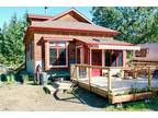 Beautiful home on 1.7 acres, 5 minutes from Beach,