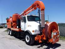 2003 Sterling L7500 VacCon VACUUM/JETTER COMBO