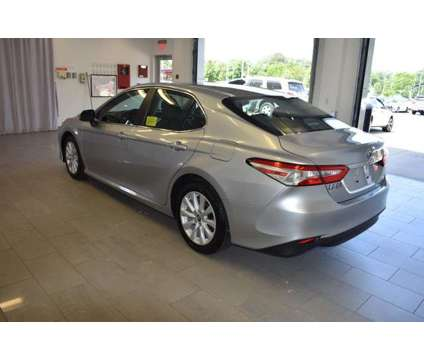 Used 2018 Toyota Camry Auto (Natl) is a Silver 2018 Toyota Camry Car for Sale in North Attleboro MA
