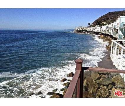 Summer Vacation Rental at 20536 Pacific Coast Highway in Malibu CA is a Condo