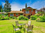 Lovely Oasis in Qualicum Woods!