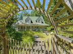 Walking distance to 2 beaches/parks make this property a dream come true!