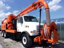 2002 Sterling LT7500 Vac-con VACUUM/JETTER COMBO