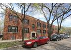 One BR in Chicago IL 60618
