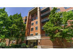Chicago, Oversized One BR/1.5 BA at Fulton Station