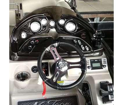 2016 JC Neptoon 23 Sport DSL Tritoon w/200 Suzuki. No Trailer is a 2016 Pontoon & Deck Boat in Columbia SC