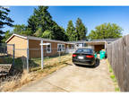 Portland 2 BA, Adorable mobile home in the heart of SE!