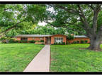 1446 Woodland Trail