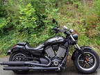 2014 Victory Motorcycles Judge Gloss Black