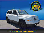 2016 Jeep Patriot White, 59K miles